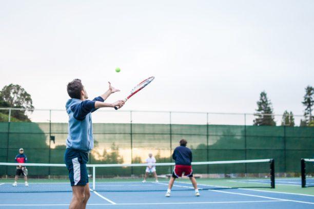 英語でテニスはtennis