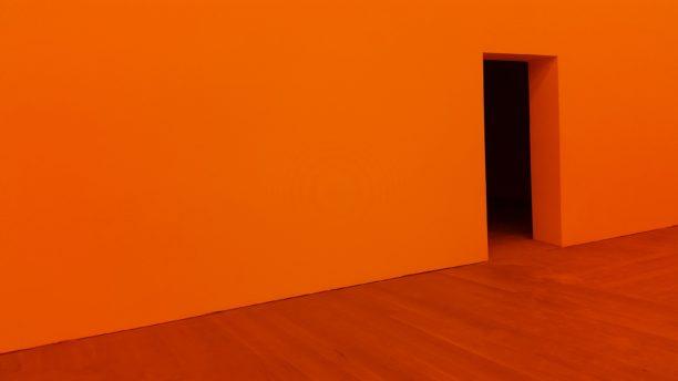 英語で橙色はorange