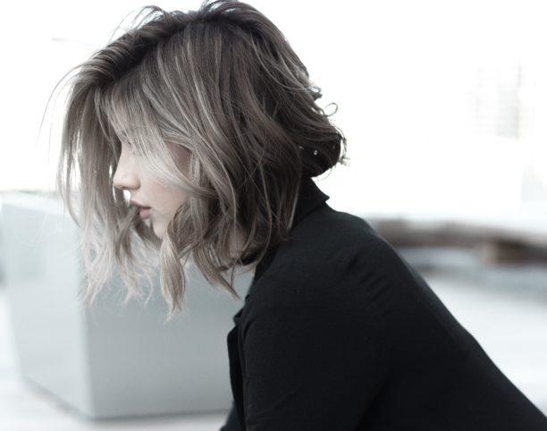 英語で髪の毛はhair